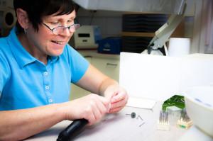 Praxislabor, Reparaturen an Zahnersatz